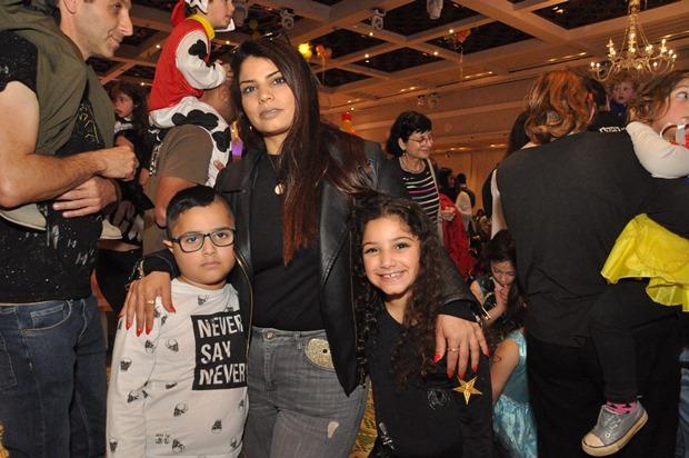גלרייה - מסיבת פורים לילדי הבורסה 22.3.2019 תמונה 105 מתוך 114
