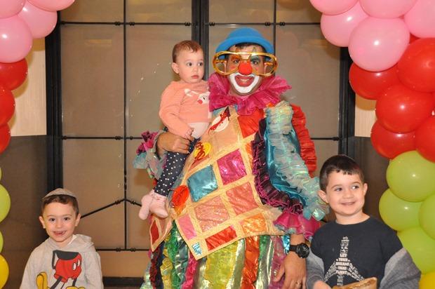 גלרייה - מסיבת פורים לילדי הבורסה 22.3.2019 תמונה 15 מתוך 114