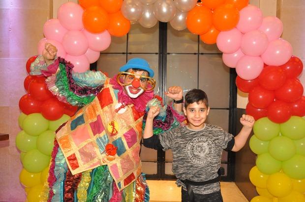 גלרייה - מסיבת פורים לילדי הבורסה 22.3.2019 תמונה 77 מתוך 114