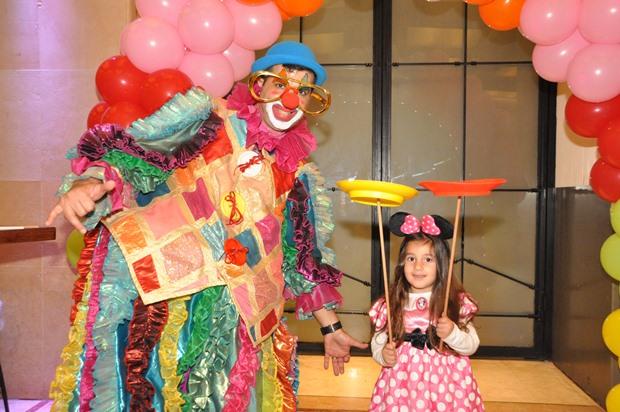 גלרייה - מסיבת פורים לילדי הבורסה 22.3.2019 תמונה 86 מתוך 114
