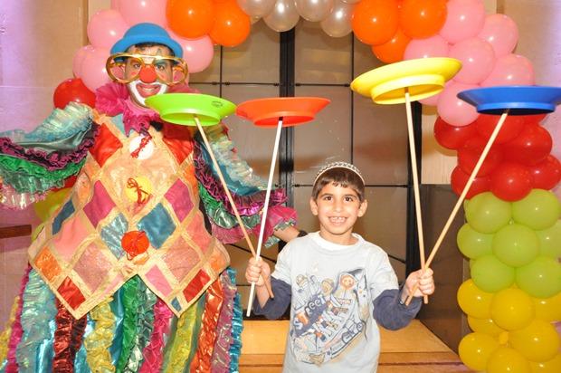 גלרייה - מסיבת פורים לילדי הבורסה 22.3.2019 תמונה 34 מתוך 114