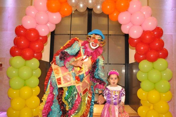 גלרייה - מסיבת פורים לילדי הבורסה 22.3.2019 תמונה 41 מתוך 114