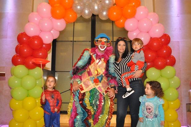גלרייה - מסיבת פורים לילדי הבורסה 22.3.2019 תמונה 46 מתוך 114
