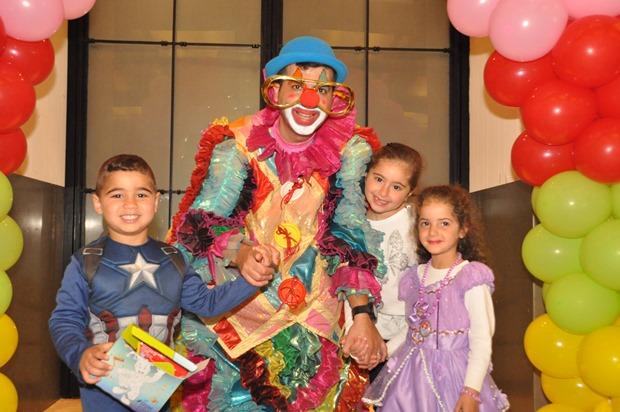 גלרייה - מסיבת פורים לילדי הבורסה 22.3.2019 תמונה 50 מתוך 114