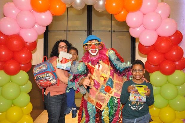 גלרייה - מסיבת פורים לילדי הבורסה 22.3.2019 תמונה 56 מתוך 114