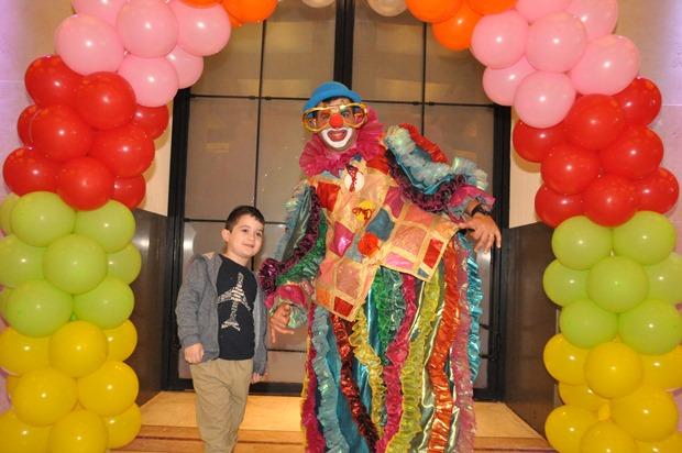 גלרייה - מסיבת פורים לילדי הבורסה 22.3.2019 תמונה 64 מתוך 114