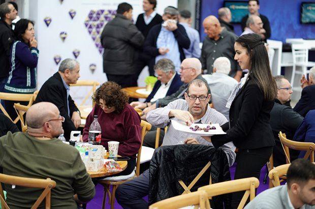 גלרייה - שבוע היהלומים הבינלאומי 10-12.2020 תמונה 7 מתוך 82